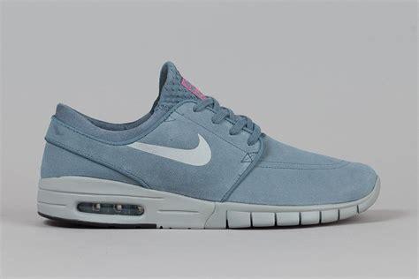 Nike Stefan Janoski 01 nike sb stefan janoski max blue graphite sbd