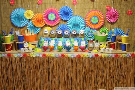 hawaiian themed decorations ideas 10 best hawaiian luau ideas with amazing food