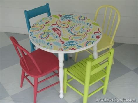 childrens painted table and chairs get your diy on signs and furniture