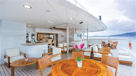 motor yacht legend ihc holland yacht harbour