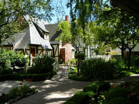 Wine Valley Inn And Cottages Solvang by 301 Moved Permanently