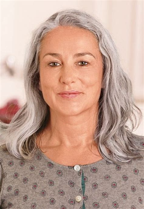 kurzhaarfrisuren graue haare