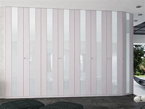 Large Folding Doors Interior by Large White Bifold Closet Doors Buzzardfilm Ideas For Change White Bifold Closet Doors