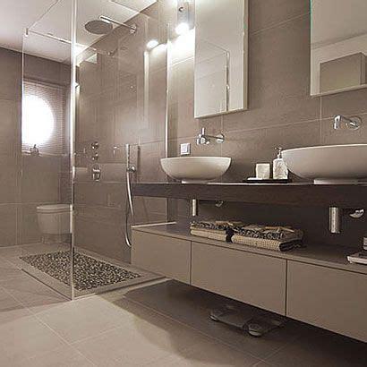rote und schwarze badezimmer ideen die 25 besten ideen zu badezimmer braun auf