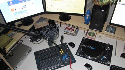 Free Radio Station by Image Gallery Radio Stations