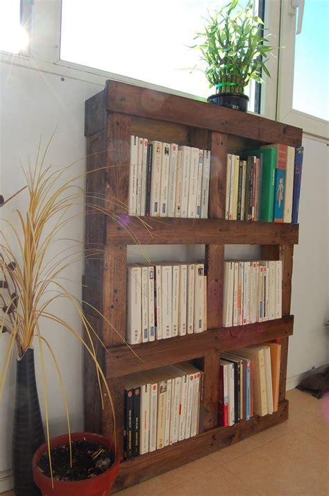 Bibliotheque Tete De Lit by Biblioth 232 Que En Palette Pour Une T 234 Te De Lit Home