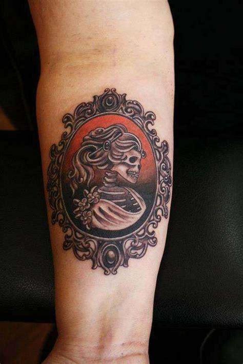 santa cruz tattoo skull cameo tattoos cameo