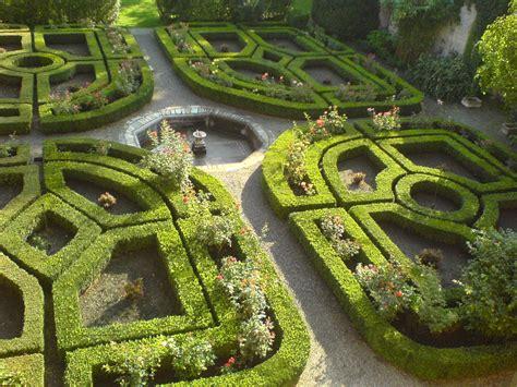 giardino all italiana file giardino all italiana jpg wikimedia commons