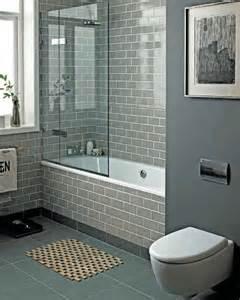 Best 25 Small Bathroom Bathtub Ideas Only On Pinterest