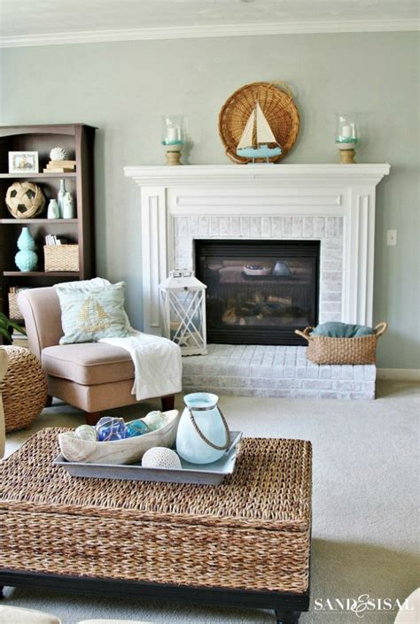 hanging lanterns in living room create a seaside retreat in your home