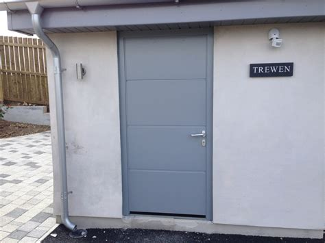 Garage Side Entry Door by Hormann Large Ribbed Silk Grain Garage Door With Matching