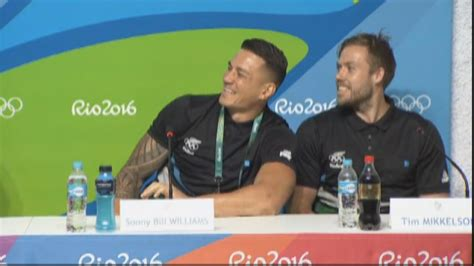 sonny bill williams bench press he isn t the only guy in the team sbw steals sevens limelight at rio one news now