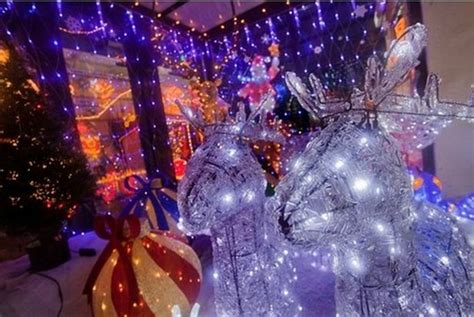 here are some of cornwall s best christmas light displays
