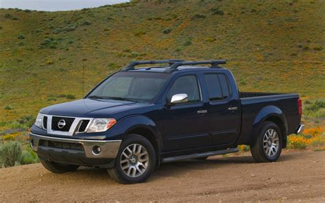 how things work cars 2011 nissan frontier navigation system 2009 nissan frontier first look motor trend