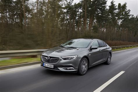 opel insignia 2017 black facelifted opel zafira would look good with opc body kit