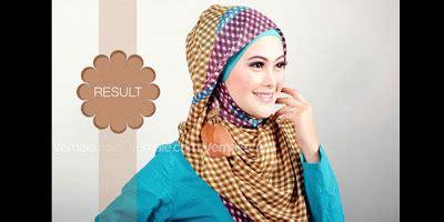Jilbab Segi Empat Jodha Emas tips memakai jilbab segi empat motif tartan ema pos