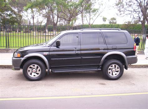 mitsubishi montero sport 2001 2001 mitsubishi montero sport information and photos