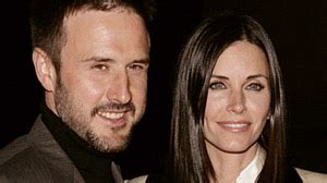 Barkin Is A On The Prowl by Courteney Cox David Arquette Split Can