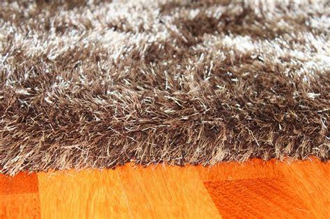bruin vloerkleed hoogpolig hoogpolig vloerkleed soft deluxe bruin