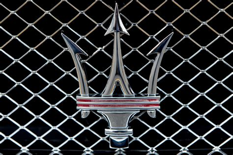 maserati logo wallpaper wallpapersafari