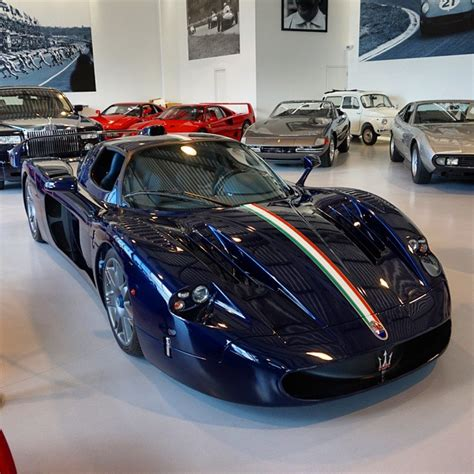 maserati mc12 blue maserati mc12 with blue carbon finish at joemacaripc