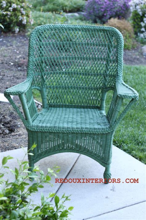 spray painting wicker chairs spray painted fabric
