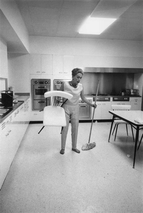 Jane Fonda Cooking Andy Warhol Shopping Marilyn Cleaning And Other Magnum Photos Of