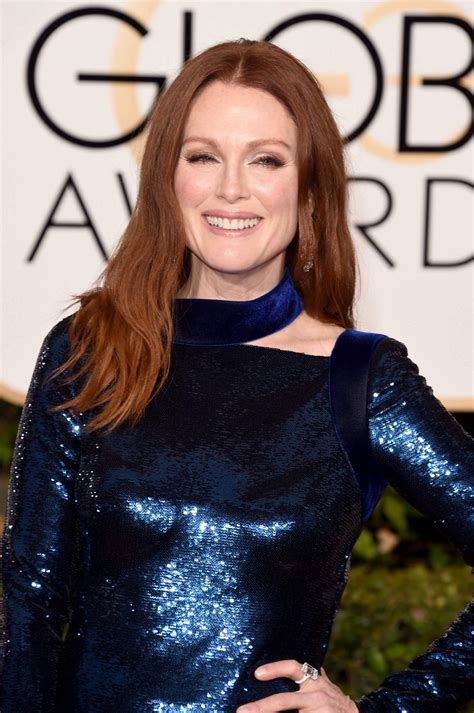 julianne moore julianne moore 2016 golden globe awards in beverly hills