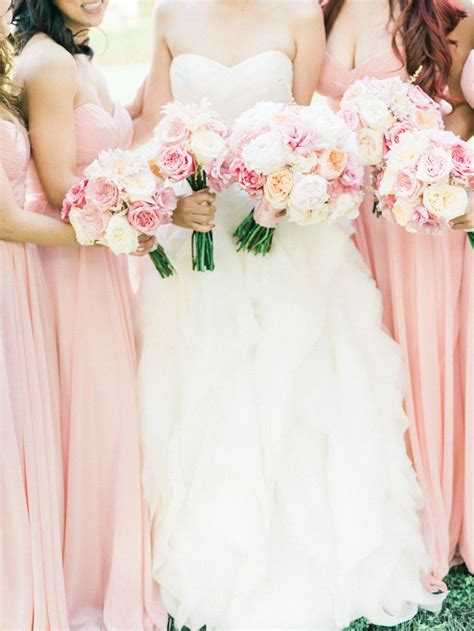 rose themed wedding dress rose quartz wedding theme pantone spring 2016