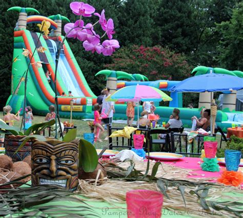 Pers Play Dates And Parties Real Parties Amazing Backyard Luau Bday Party