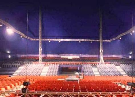 teatro tende a strisce al tenda strisce domani quot natale insieme 2012 quot canzoni