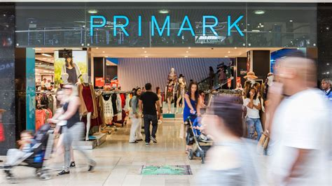 Shiny Fashion Tv The Opening Of Primarks Oxford Store primark s uk store is opening and it s not in