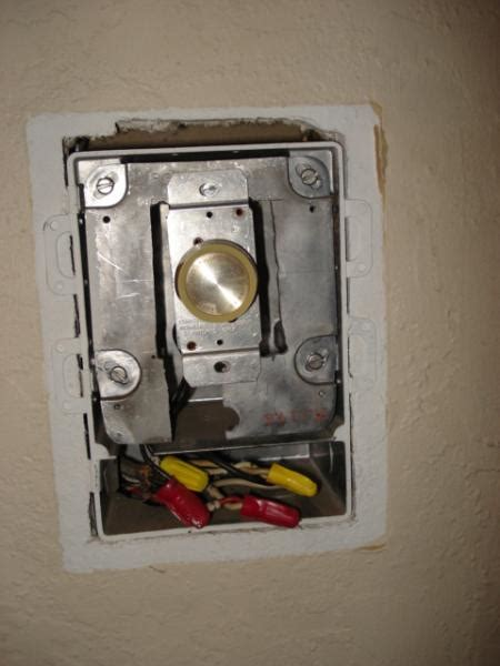Ceiling Fan With Light Dimmer Switch by Ceiling Fan W Cfl And Dimmer Switch Doityourself