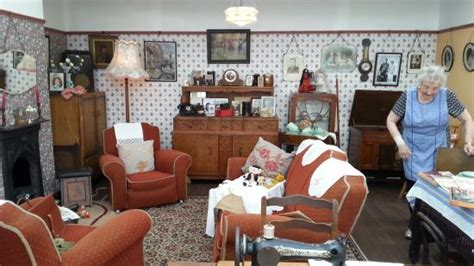 interior design comberton hill kidderminster 1940 s living room picture of severn valley railway
