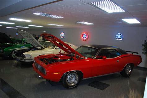 Classic Bmw Collision Center by Robs Automotive Collision Lra Auto Sales Autos Post