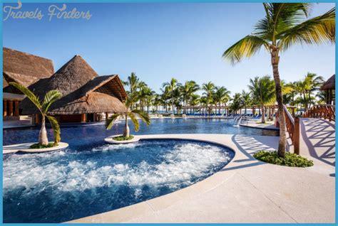 2017 Best Honeymoon Destinations   TravelsFinders.Com