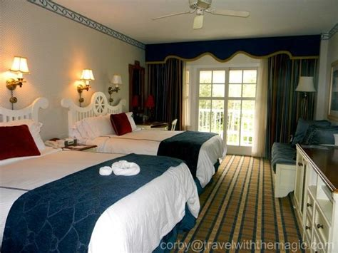 disney yacht club rooms which disney boardwalk resort is right for you magical mouse planner disney tips disney