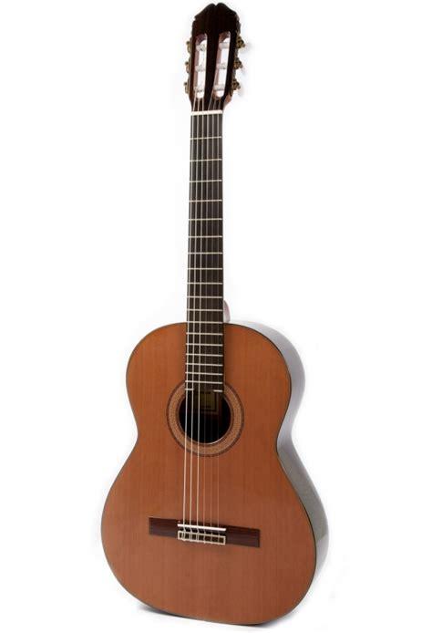 Handcrafted Classical Guitars - raimundo 150 handcrafted classical guitar with