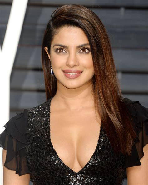 Vanity Fair Oscar Priyanka Priyanka Chopra Photos Celebmafia