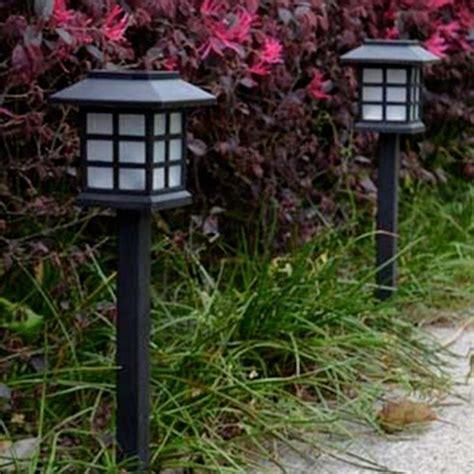 Solar Patio Lights Reviews Solar Garden Path Lights Reviews 28 Images Outdoor