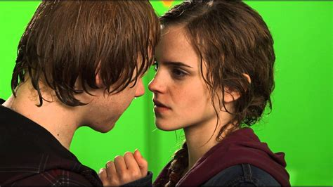 bts kiss ron and hermione bts kiss hp wizards collection