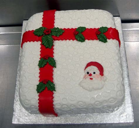 28 best how to decorate a square christmas cake white
