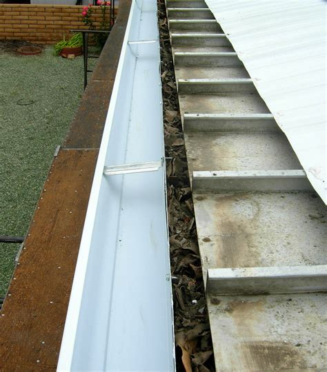 awning gutter 5 quot seamless aluminum rain gutter system for existing clogged carport or patio awning