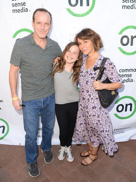 clark gregg friends jennifer grey and her daughter stella gregg and clark