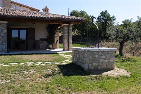 arredo giardino in pietra vendita fontana in pietra giardino mekan info