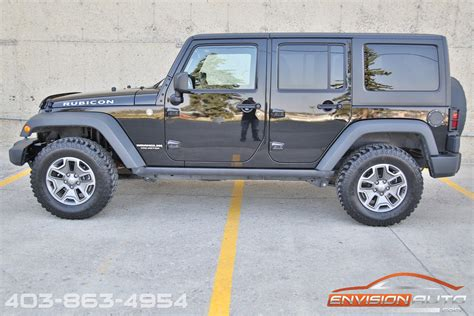 2014 Jeep Wrangler Unlimited Rubicon 4 x 4 ? 6 Speed