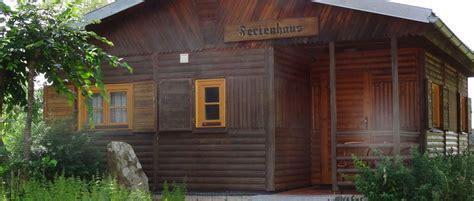 ferienhütten mieten bayern blockhaus am see in deutschland mieten blockh 252 tte