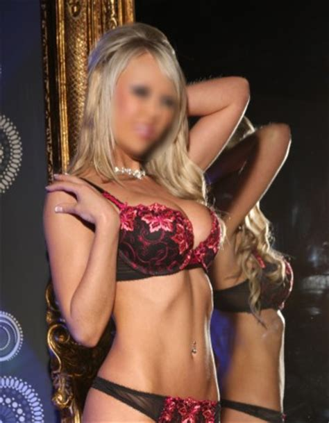 perth private escorts scarlet blue.