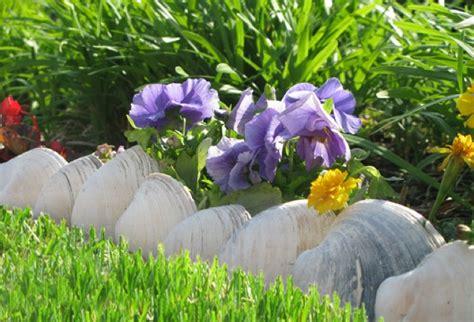 What To Do With Leftover Tile by More Garden Edging 9 Creative Ideas The Garden Glove