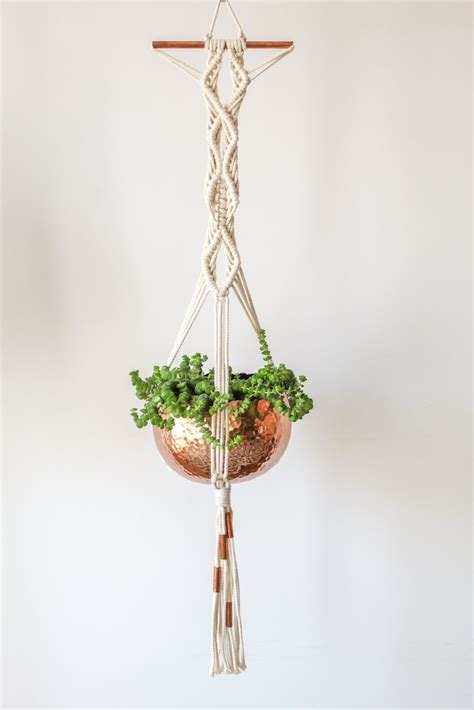 Free Patterns For Macrame Plant Hangers - macrame plant hanger copper pinteres